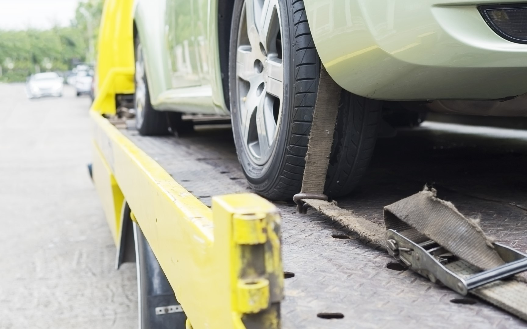 Be careful of vehicle tow-in services